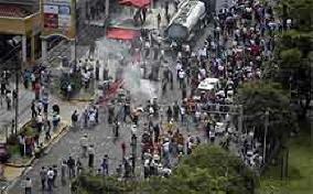 20090630082307-disturbios-honduras.jpg