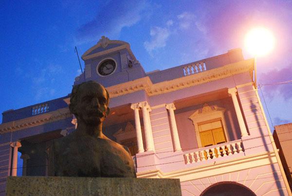 20120209034626-ciudad-las-tunas-5.jpg
