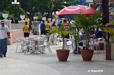 20121125173937-400-esquina-cadillac.jpg