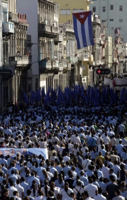 20121127165106-estudiantes-marcha-580x908.jpg