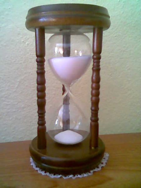 20120813160958-157450px-reloj-de-arena-de-15-min.jpg
