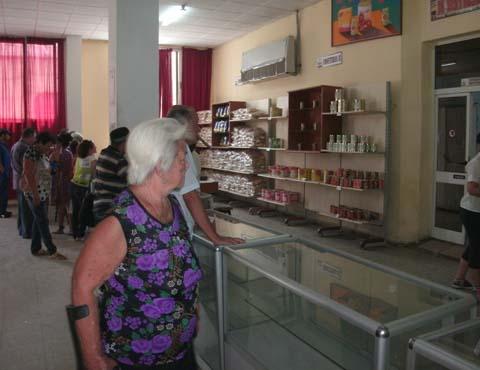 20151127175906-ancianas-violencia.jpg