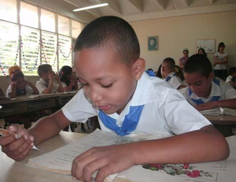 20151202224410-alumnos-examenes.jpg