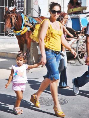 20170821212249-mujer-cubana-tunas-08.jpg